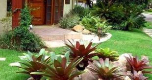 90 Simple and Beautiful Front Yard Landscaping Ideas on A Budget (43
