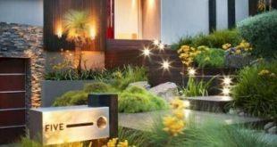 Low maintenance landscape front yard midwest backyards 50+ Best Ideas-#backyards...